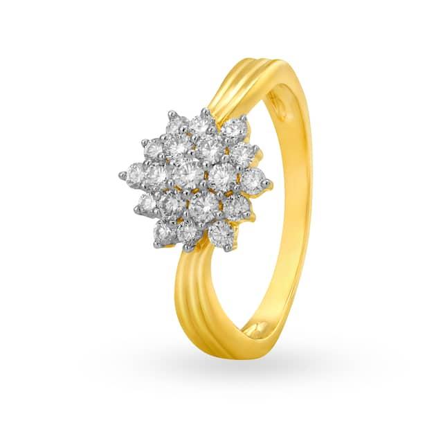 Beautiful 18 Karat Gold And Floral Diamond Ring Tanishq