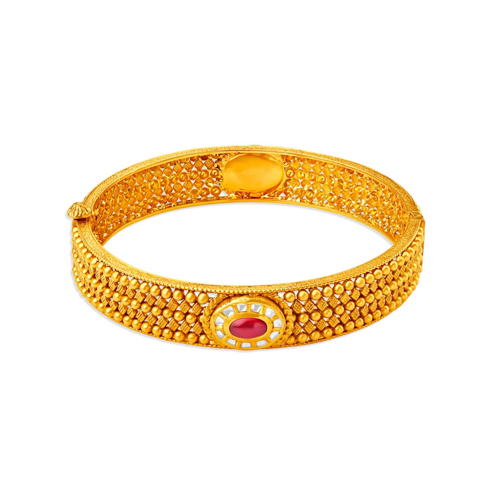 4c8bd0323a6eb 214 Latest Gold & Diamond Bangles Designs Online at Tanishq