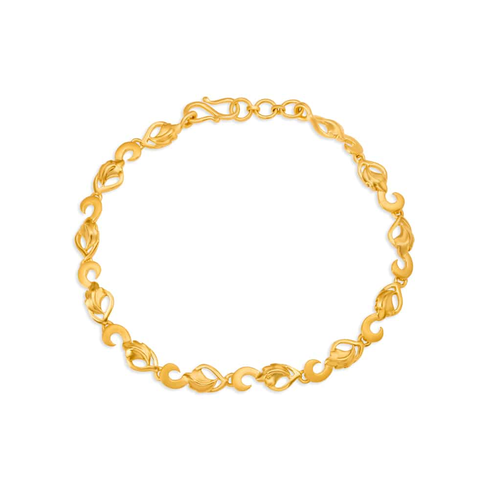 Gold Bracelets: Buy Gold Bracelets Online | Latest Gold Bracelets Designs  at Tanishq