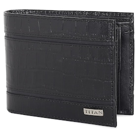 c76ca618334d Radar - Bluetooth Enabled Leather Wallet