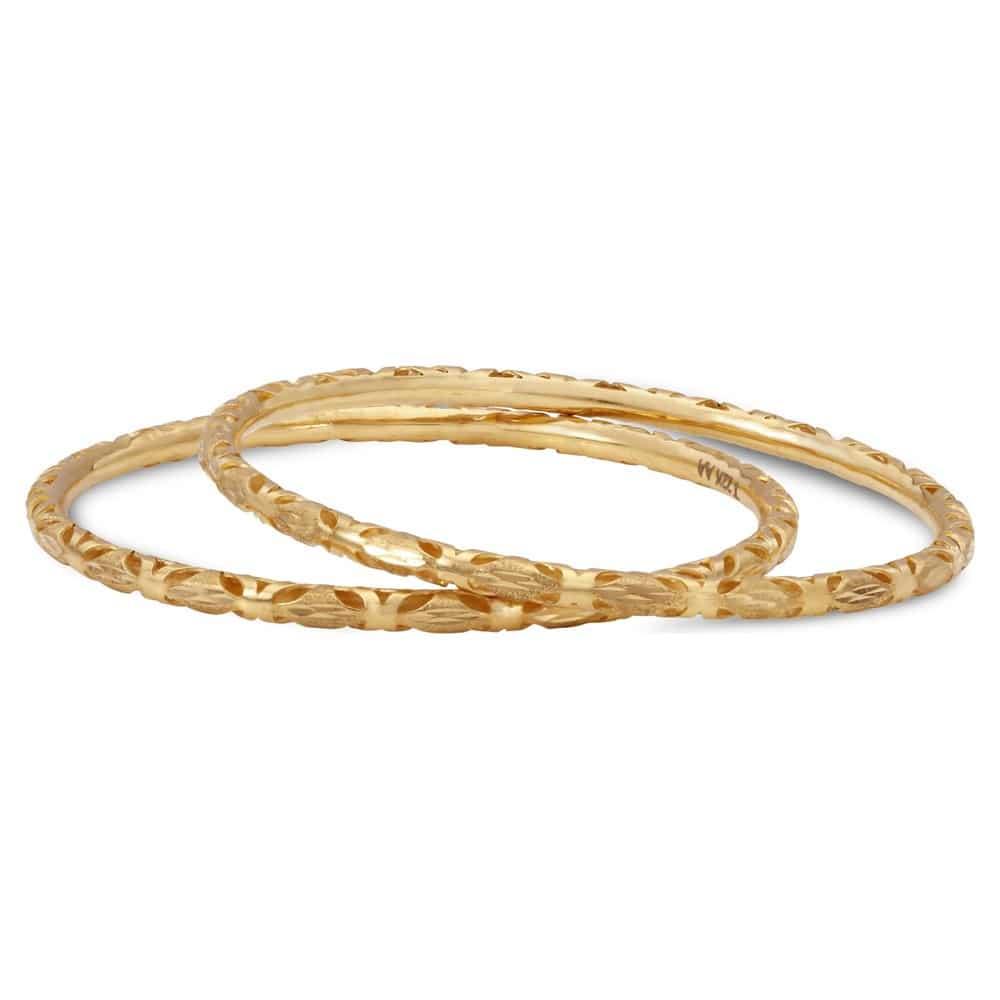 Buy Tanishq Yellow Gold Bangle 512216VIVM2A00 Online at Titan