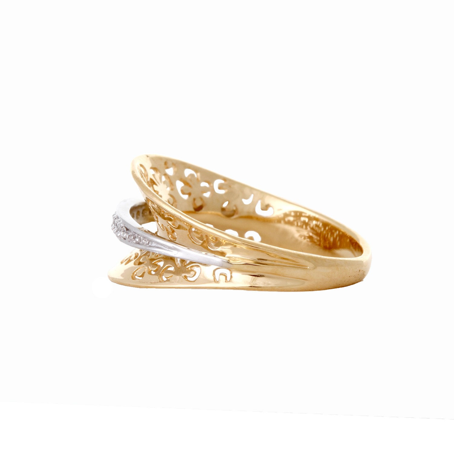Buy Traditional Gold and Diamond Tanishq Finger Ring ...