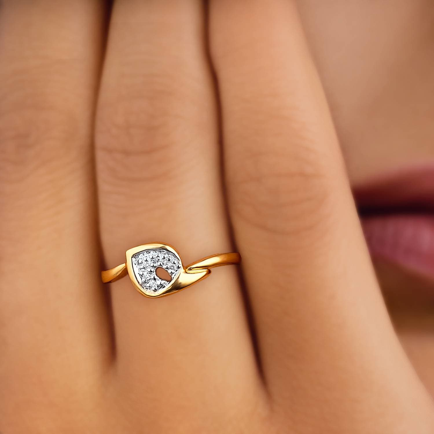buy heart shaped yellow gold and diamond tanishq finger