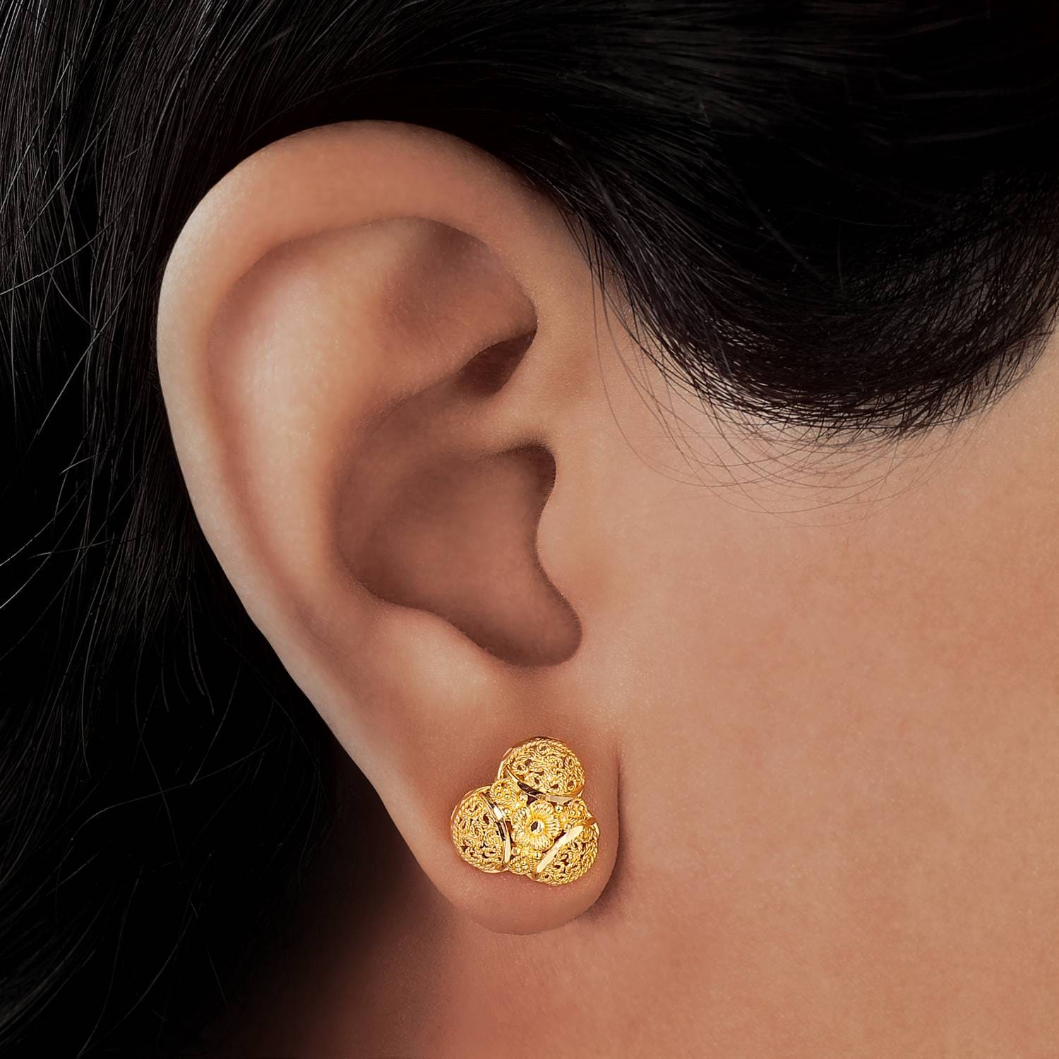 Buy Intricate Golden Tanishq Stud Earrings 511139SBPABA00 for ...