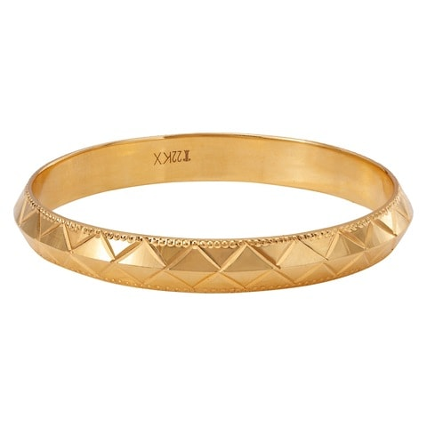Buy Tanishq Yellow Gold Bangle VYGM1A00 line at Titan