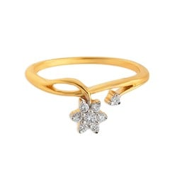 Tanishq Diamond Treats 18KT Yellow Gold Diamond Finger Ring