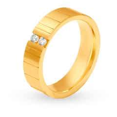 Tanishq 18KT Yellow Gold Diamond Finger Ring