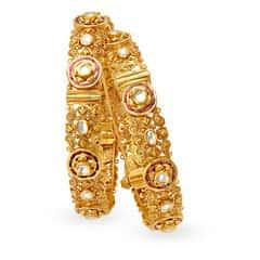Padmavati by Tanishq 22KT Yellow Gold Bangle